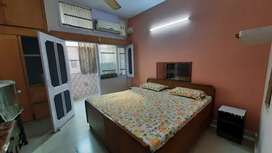 Owner free 1bhk , 2 room set + lobby  for working boys/ girls/family
