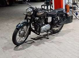 1982 royal Enfield  black standard