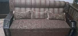 5 seater sofa condition is good