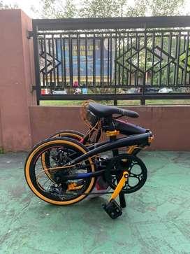Sepeda Lipat Police Milan 16 inch Hitam Gold
