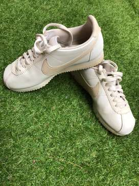 Nike cortez original rare color