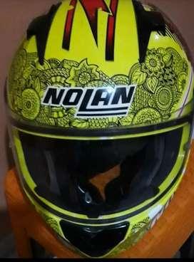 Helm merk Nolan