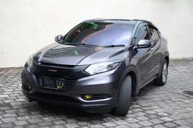Honda hrv e cvt 2016 mint condition
