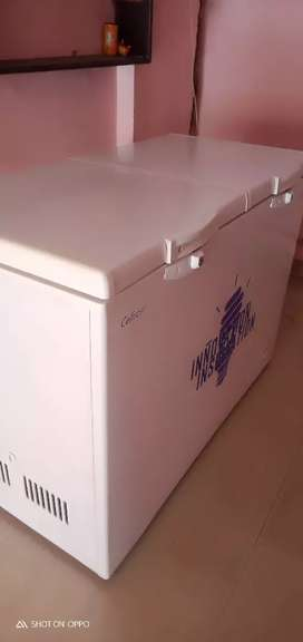 CELFRORST REFRIGERATOR,DI, BOTTLE 320 LITER NEWLLY CONDITION