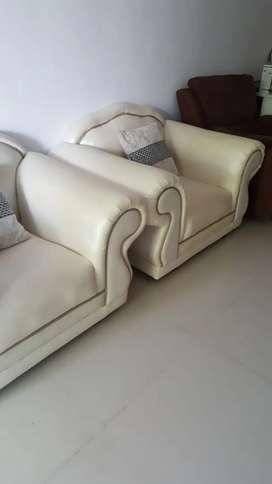 Sofa elegant baru pakai belum setahun mulus