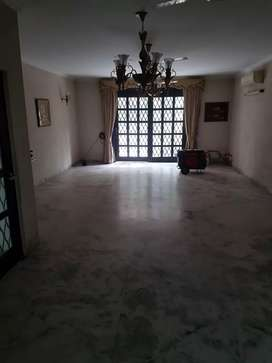 East OF Kailash 2nd. Floor 200 yards. Only 2.10cr. Hurry Pls Corner
