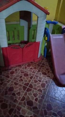 perosotan bekas mainan bekas playhouse