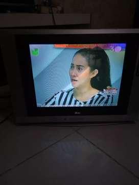 Jual TV LG 21 inchi.