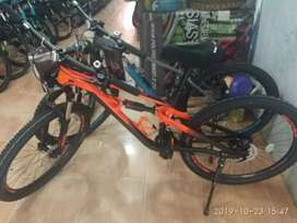 Sepeda Gunung Polygon