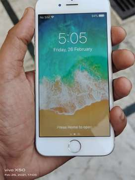 Apple iphone 6 64gb with box charger