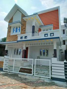 3 bhk 1530 sqft new build at kakkanad pukattuoady near kunjattukara