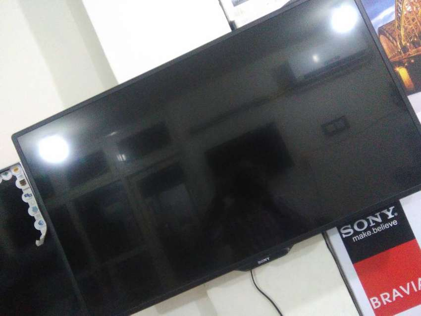 43/42 inch Led/LCD FHD samsung brand new with 2 years warranty