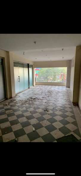 Mall 13000 Thousand hall for Rent in main MM Alam Road Gulberg