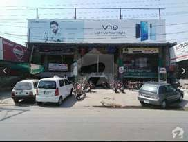 Shops available for rent in AZIZ PLAZA circular road