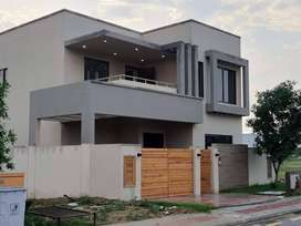 Get 250 Sq Yds Villa On Easy Installment Plan