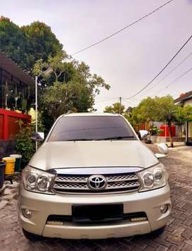 Fortuner 2011 diesel automatic