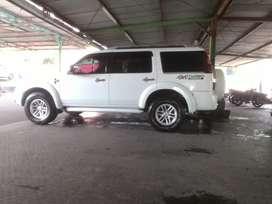 Dijual ford everest 4x4 mt th 10 bukan ex tambang plat B dr baru
