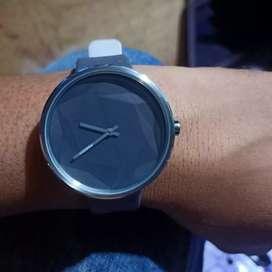 Jam tangan merk FEDON kondisi masih original dan oke minus no box