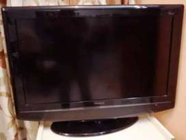 "32"" LCD WORKING TV SALE"