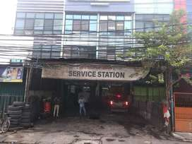 Ruko  Strategis Jakarta selatan Ex bengkel mobil