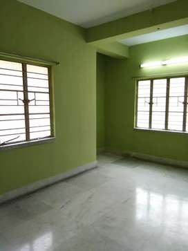 Tip top condition flat ready to move family bechlors are allowed