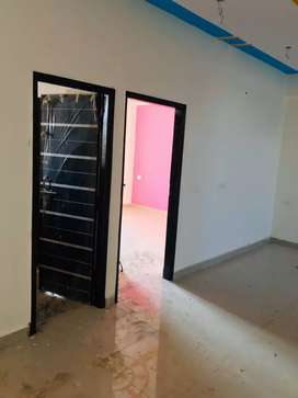 2bhk semifinished flat for rent available in sector 53, Noida