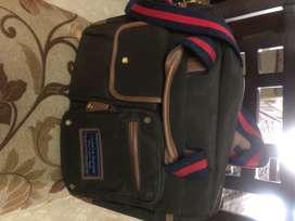 Tommy hilfiger laptop bag