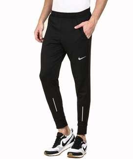 Track pant. Shorts