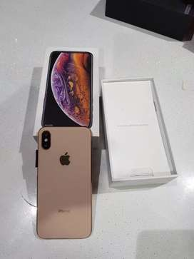 ## Hi sell my iPhone phone awesome model 6s selling x with Bill box