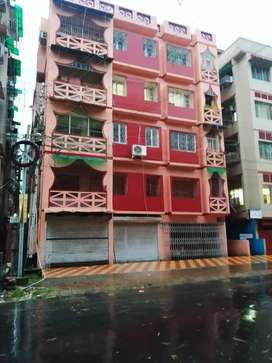 3bhk well maintained flat.