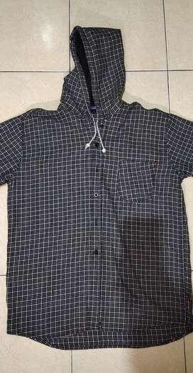 Tshirt hoodie, kemeja/hem