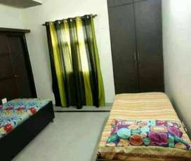 pg room for bachelors boys in main location mangla
