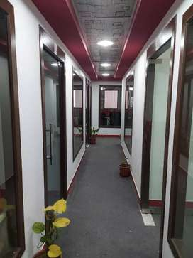 1cabin + 4 work station,sec-3,near by sec-16 metro noida