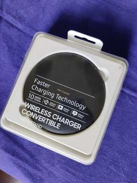 Samsung wireless Fast charger Pad & Stand