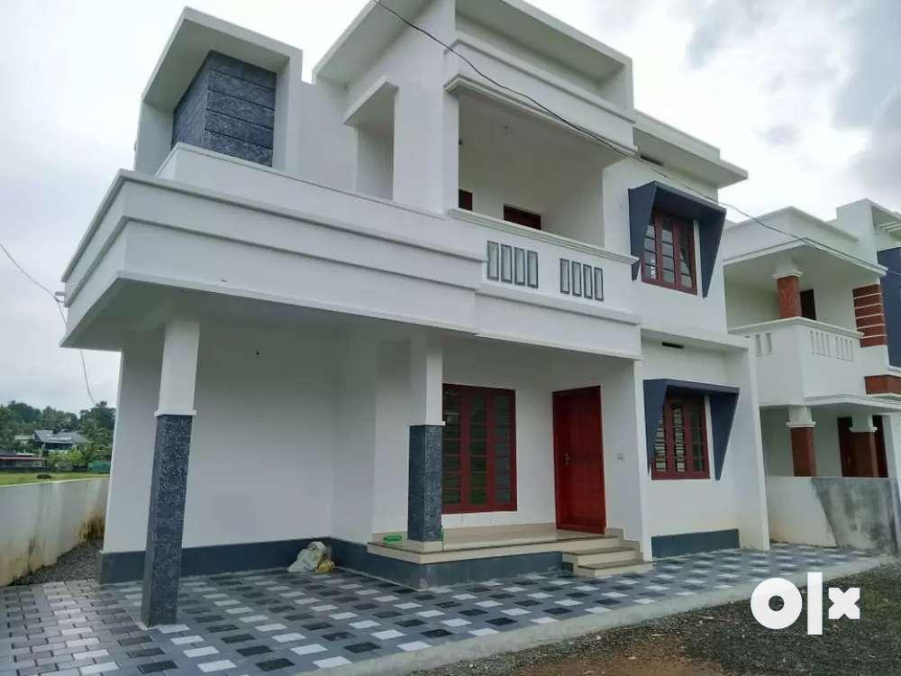 3 bhk 1400 sqft new build house at kalamassery near edathala