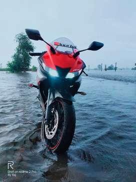 Yamaha r15 v3 red gray