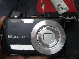 Kamera Digital Casio Exilim Ex z2 Fullset