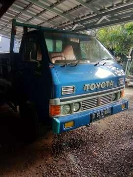 Toyota Dina ryno dijual