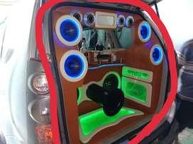 Di jual cepat sound custom mobil Avanza
