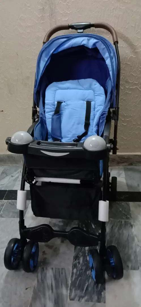 Stroller only 5 days used.
