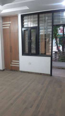 3 Bhk Independent Floor with Gated Society Shakti Khand - 4.