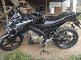 Jual sepeda motor Vixion 2015 akhir