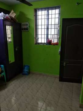 2bhk house for lease. 24hrs water supply. EB card will be given to you