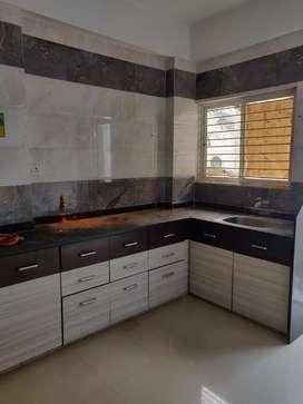 2BHK  flat in manjalpur near Eva mall.