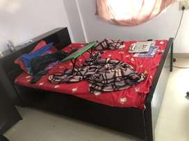 queen size double box bed with mattress