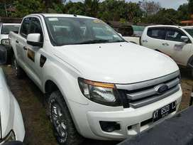 Ford Ranger SDC XLS 2.2 L MT 2013 (harga lelang)