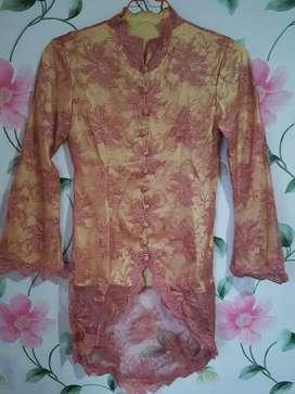 Kebaya pink gold cerah