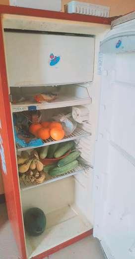 Whirlpool refrigerator Fridge