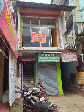 Near mannuthi market first flore road frontage room for sale