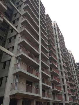 2 bhk flat near Delhi dwarka only 25lac all inclusive